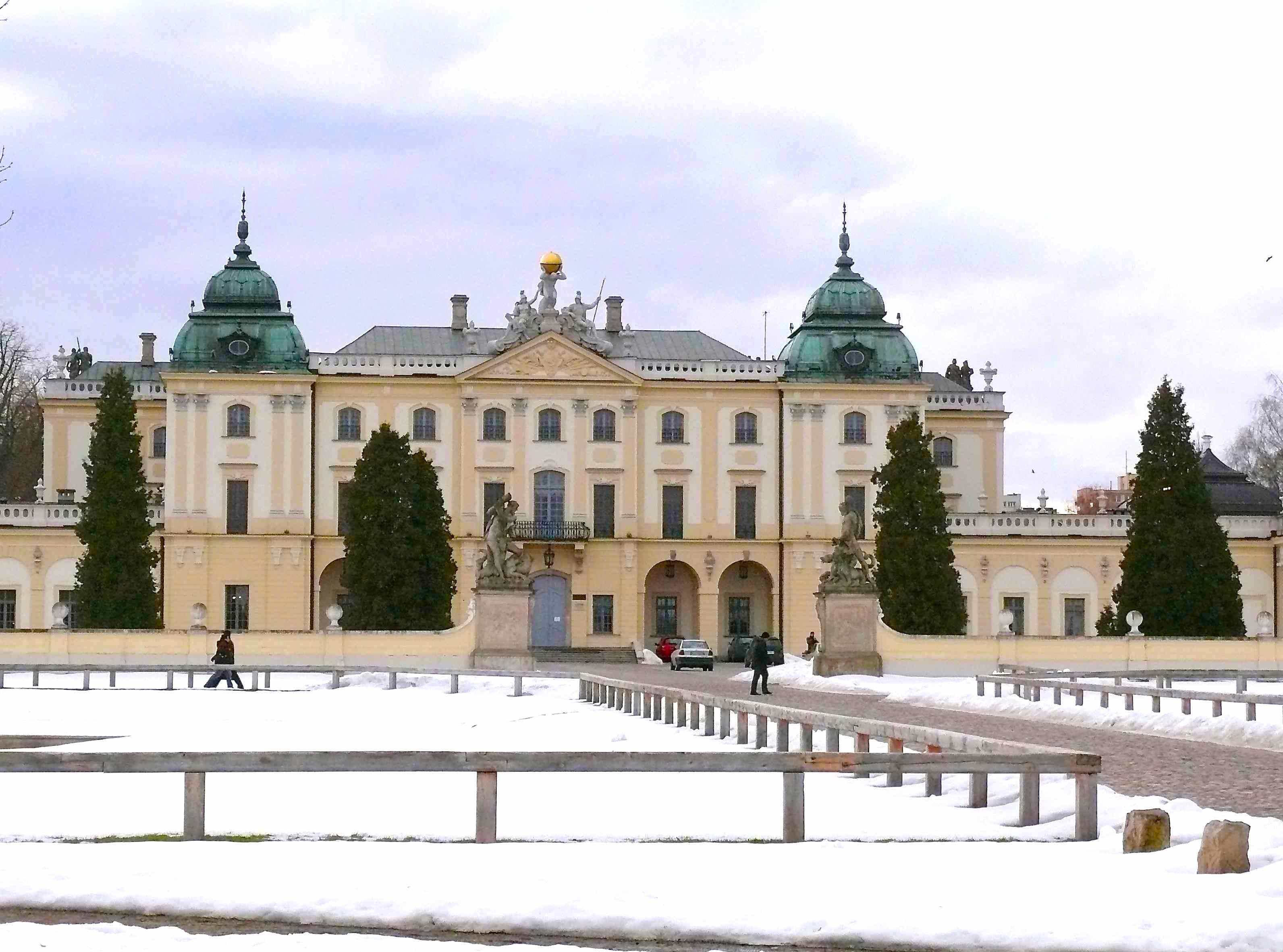 pałac b